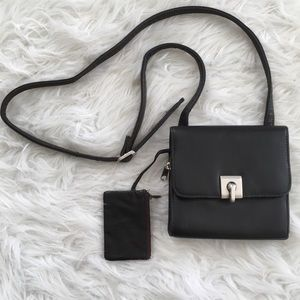 Square Black Twist Lock Front Bold Cute Messenger